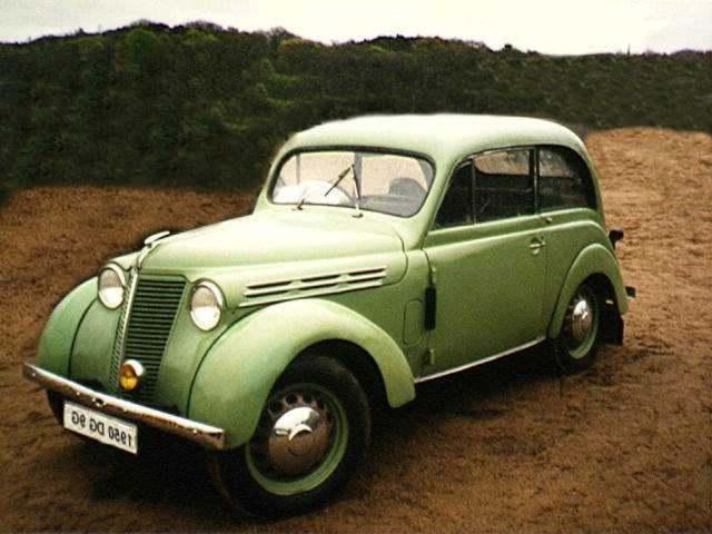 Renault juvaquatre.jpg (39992 octets)